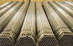 Оцинкованная стальная труба: преимущества и особенности
